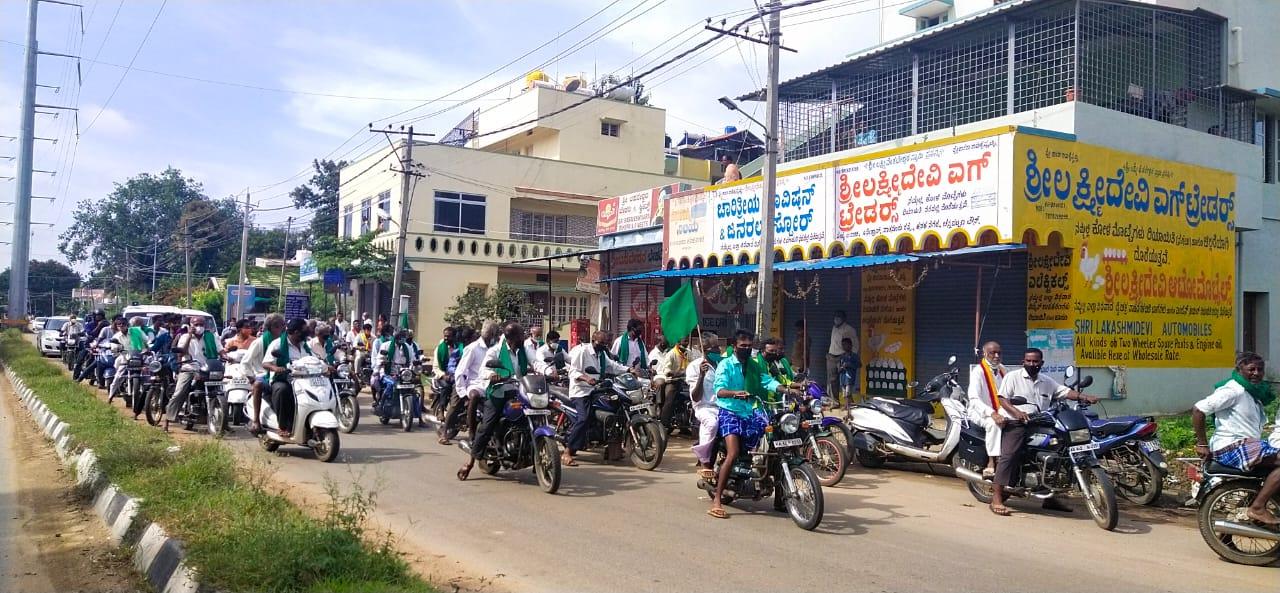 ಯಶಸ್ವಿಯಾದ ಬಂದ್: ಸಂಪೂರ್ಣ ಸ್ತಬ್ದವಾದ ನಗರ