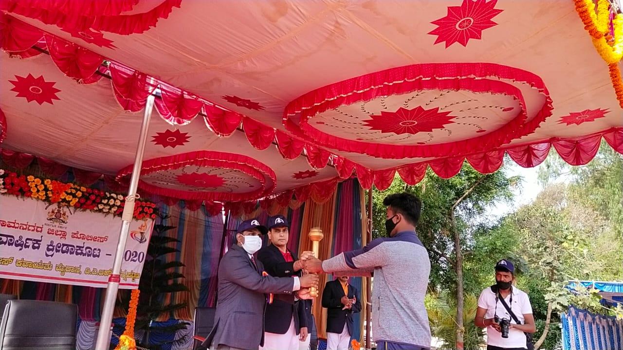 ಕ್ರೀಡೆ ಮೈಮನಸ್ಸನ್ನು ಸದೃಢಗೊಳಿಸುತ್ತದೆ. ಜಿಲ್ಲಾಧಿಕಾರಿ ಡಾ ರಾಕೇಶ್ ಕುಮಾರ್.